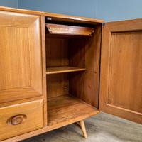 Mid Century Ercol Sideboard (4 of 12)