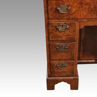 George III Walnut Kneehole Desk (8 of 12)