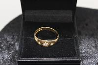 18ct Gold Diamond Ring, size Q, weighing 3.2g (2 of 4)