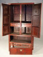Particularly Good Late 19th Century Southern Chinese Wedding Cabinet (2 of 4)