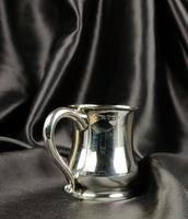 Late 1930's Miniature Silver Tankard (3 of 6)