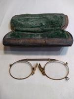 Hard Bridge Pince Nez glasses with hinged nose piece and ring for a chain (3 of 3)