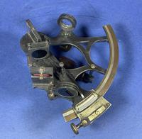 Victorian Brass Sextant In It's Original Mahogany Box. (13 of 18)