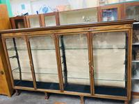 Shop Display Cabinet (8 of 21)