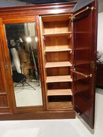Very Fine Early Victorian Period Inverted Breakfront Wardrobe (4 of 5)