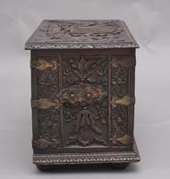 19th Century Carved Oak Log Box (10 of 11)