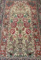 Fine Silk Carpet Rug Roses (8 of 9)