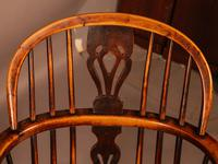 A Set of 4 Yew Tree Windsor Chairs Rockley Workshop (6 of 21)