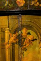 Late 18th Century Dutch Painted Corner Cupboard (3 of 7)