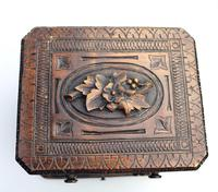 Black Forest Miniature Apprentice Piece Carved Chest 19th Century (4 of 11)