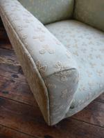 Neat Upholstered Armchair (5 of 6)