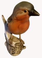 A Porcelain figure of a Chaffinch by Goebel of Germany (4 of 6)