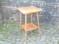 Arts & Crafts Golden Oak Table (9 of 12)