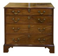 George III Mahogany Chest of Drawers (2 of 10)