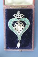 Scottish Victorian 'Star of Snowdoun' Enamel & Pearl Purity Brooch 1859 (9 of 34)