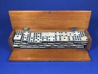 Late Victorian Long Domino Set in it's original mahogany box (12 of 13)