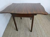 English 18th Century Shaped Top Side Table (9 of 10)