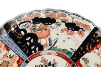 Mid 19th Century Imari Charger with Lobe Edge Decoration (3 of 4)