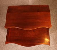 Small Serpentine Chest of Drawers George III in Mahogany (11 of 12)