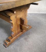 Large Oak Coffee Table (2 of 7)