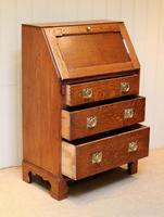 Arts and Crafts Oak Bureau (10 of 11)