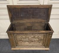 Continental Carved Oak Coffer (3 of 15)