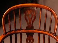 A Set of 4 Yew Tree Windsor Chairs Rockley Workshop (16 of 21)