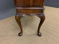 Serpentine Fronted Burr Walnut Cupboard (8 of 11)