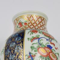 First Period Worcester Porcelain Kakiemon Vase & Cover Ex-zorensky (12 of 13)