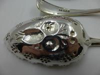 Antique Victorian Pair of Silver Gilt Berry Spoons & Sifter Spoon Set Sheffield 1898 (8 of 8)