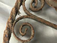 Pair of Rusted Antique 19th Century Spanish Wrought Iron Wall Roundels Sculptures (2 of 12)