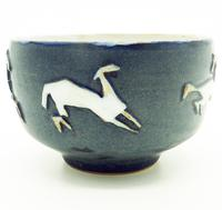 Good British Art Studio Pottery Bowl with Stylised Galloping Horses 20th Century (3 of 8)