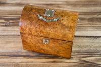 Burr Walnut Tea Caddy 1870 (7 of 10)