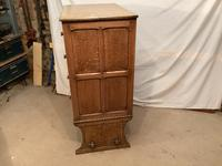 Norfolk Oak Chest on Stand (2 of 4)