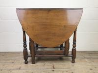 Early 20th Century Oak Gateleg Table (2 of 9)