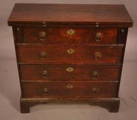 Rare Small 18th Century Batchelors Chest in Oak (13 of 13)