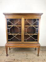 Mahogany Glazed Bookcase or Display Cabinet (3 of 12)