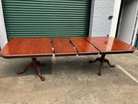 Quality Mahogany Extending Dining Table (9 of 15)