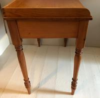 Pine Washstand With One Drawer (6 of 6)