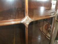 Glazed Burr Walnut Corner Cabinet (4 of 7)