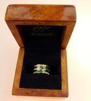 Stunning 18ct Gold, Diamond & Emerald Ring 17/n in Original Box 20th Century (2 of 10)