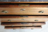 A 19th Century French Chest of Drawers (9 of 10)