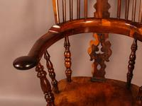Superb Yew Wood Broad Arm Windsor Chair Worksop maker (2 of 5)