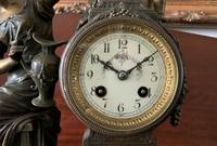 Beautiful 19thc French 3-piece 8-day Gilt-bronzed Spelter Garniture Mantle Clock (8 of 16)