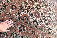 Fine Old Veramin rug 215x144cm (2 of 7)