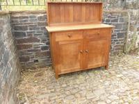 Heals Cottage Dresser (12 of 14)