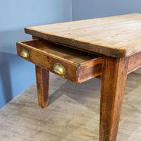 Pine Farmhouse Dining Table (3 of 5)