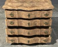 Early 19th Century Bleached Walnut Commode Chest of Drawers (13 of 13)