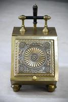 Henry Loveridge Arts & Crafts Brass Coal Scuttle (8 of 15)
