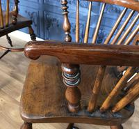 Pair of Windsor Chairs (3 of 14)